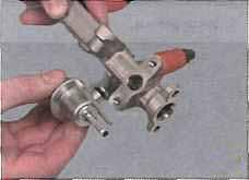 Вы имеете возможность проверить как работает система улавливания паров топлива мицубиси лансер, рассмотреть покрышки...