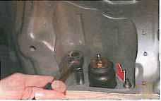 Ремонт телескопической стойки задней подвески - Мицубиси Лансер 9 (Mitsubishi Lancer) .